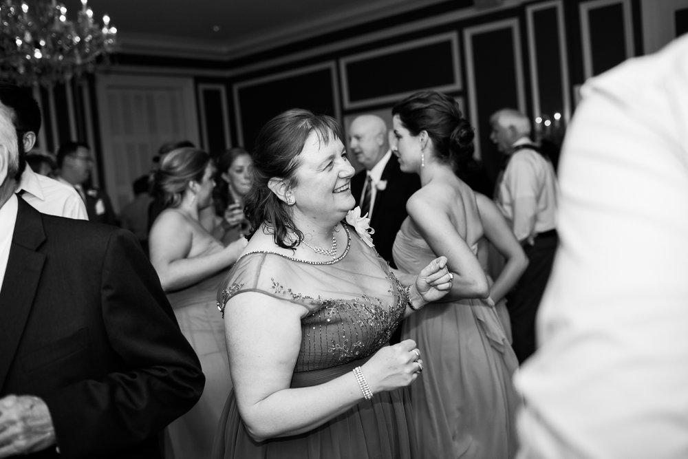 Madison-Club-Wedding-Wisconsin-Wedding-Photography_197.jpg