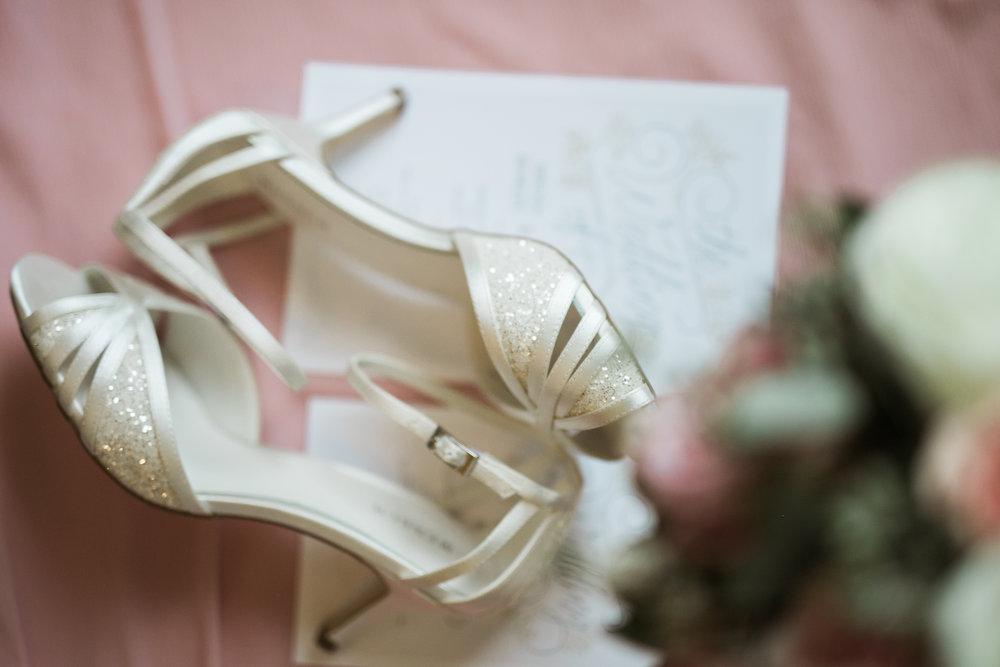 TheLageret-Stoughton-Wisconsin-Wedding_013.jpg