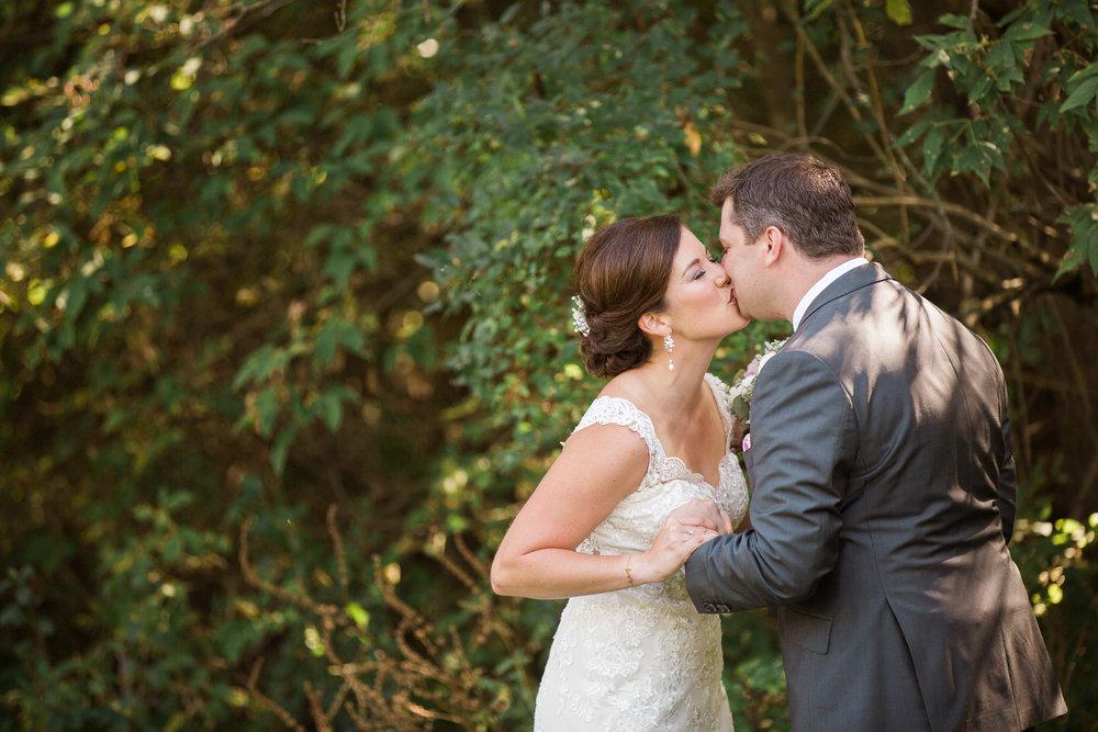 TheLageret-Stoughton-Wisconsin-Wedding_037.jpg