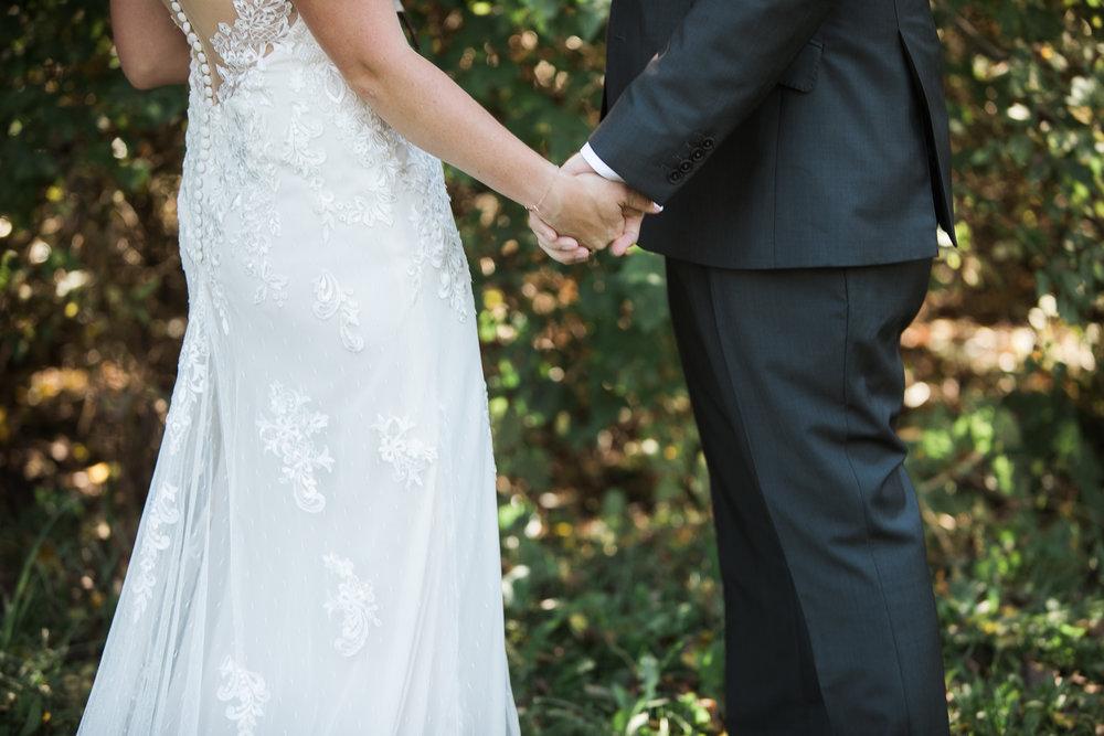 TheLageret-Stoughton-Wisconsin-Wedding_038.jpg