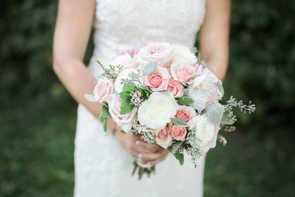 TheLageret-Stoughton-Wisconsin-Wedding_058.jpg