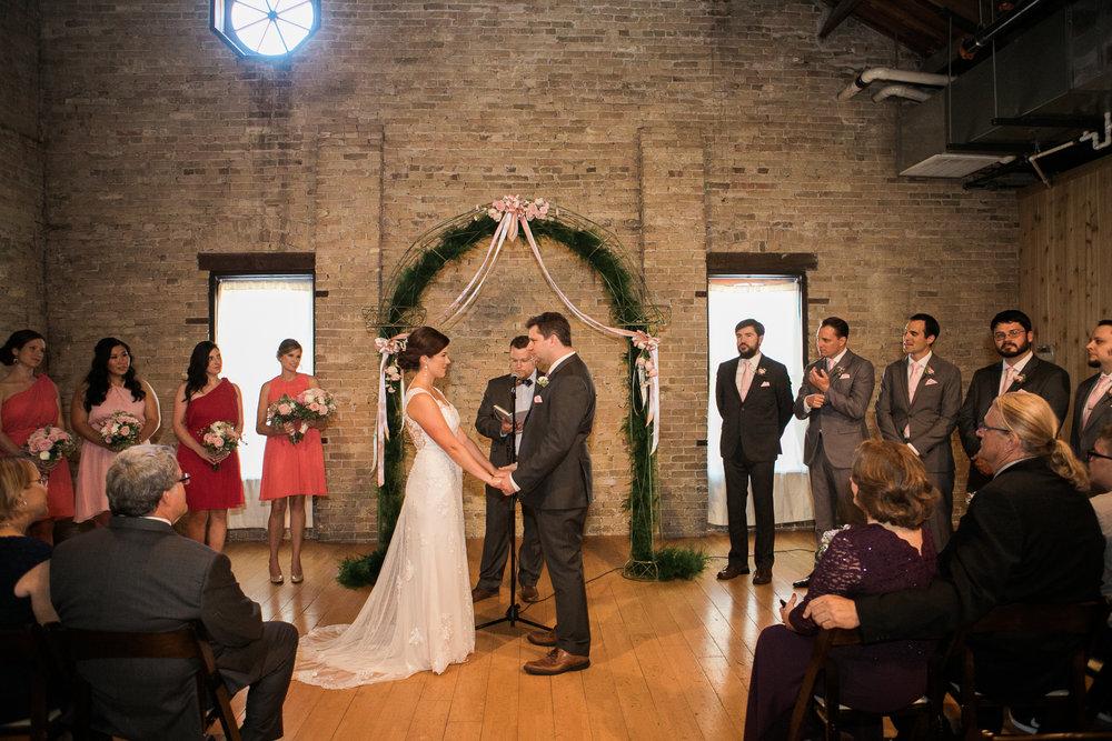 TheLageret-Stoughton-Wisconsin-Wedding_071.jpg