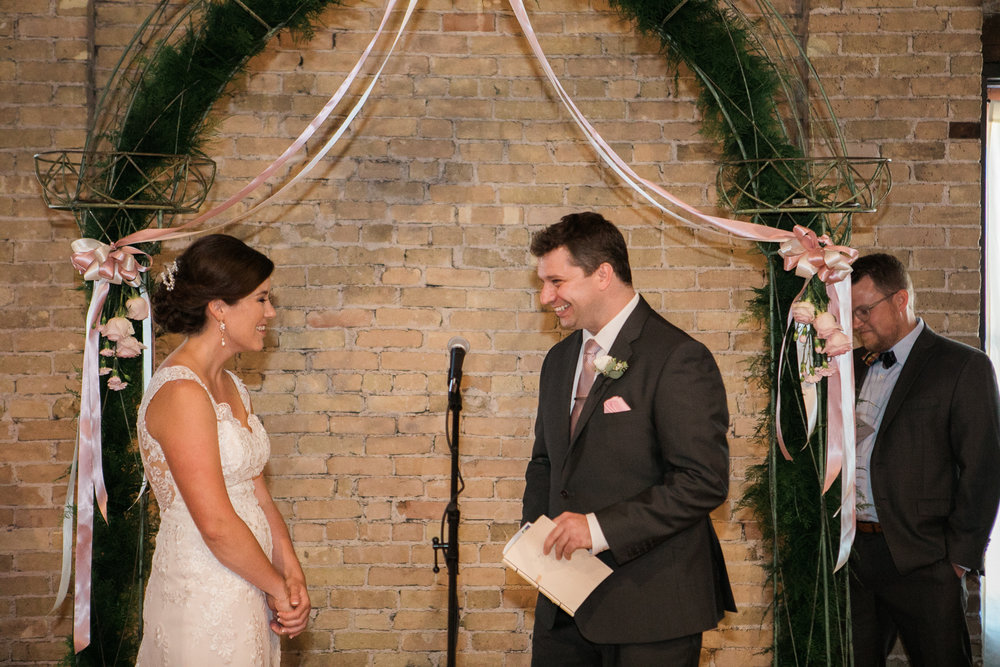 TheLageret-Stoughton-Wisconsin-Wedding_074.jpg