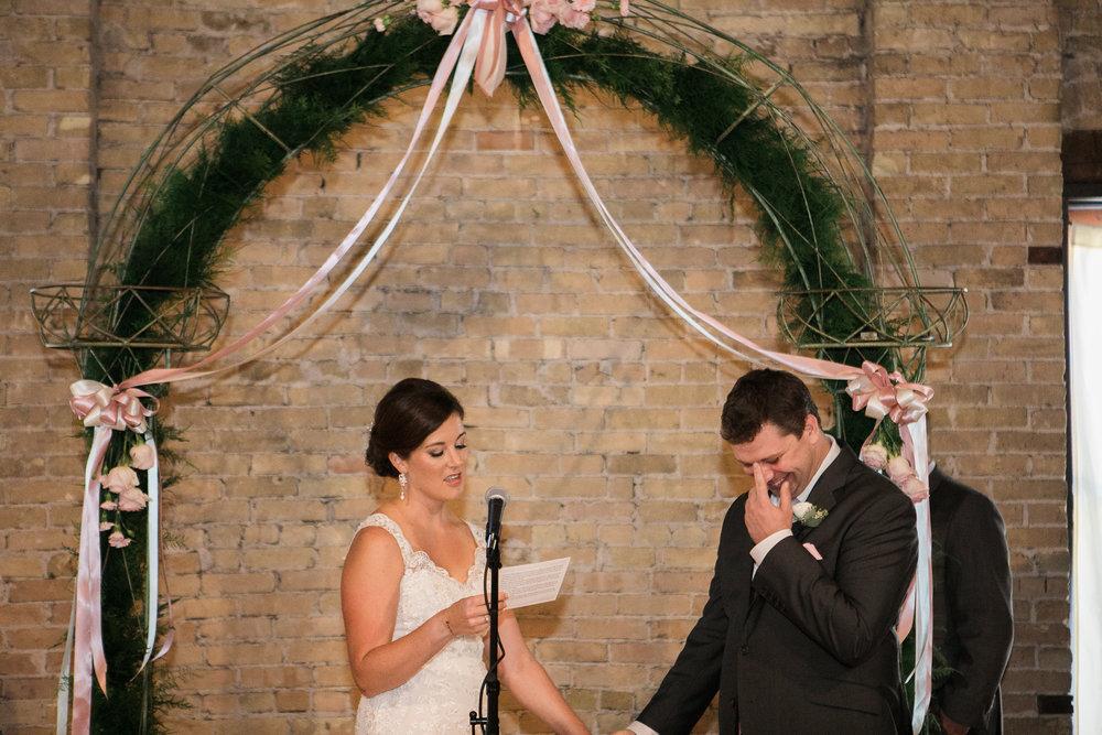 TheLageret-Stoughton-Wisconsin-Wedding_076.jpg