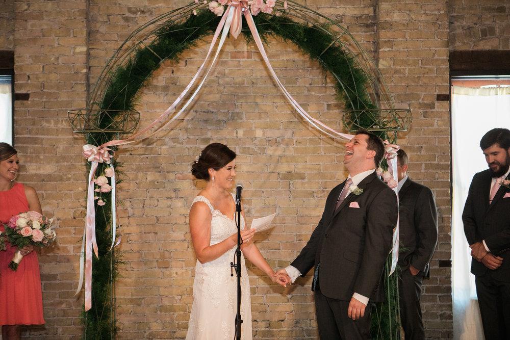 TheLageret-Stoughton-Wisconsin-Wedding_077.jpg