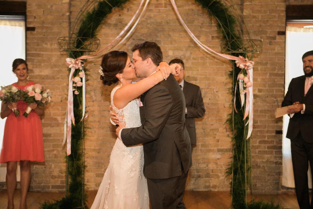 TheLageret-Stoughton-Wisconsin-Wedding_079.jpg