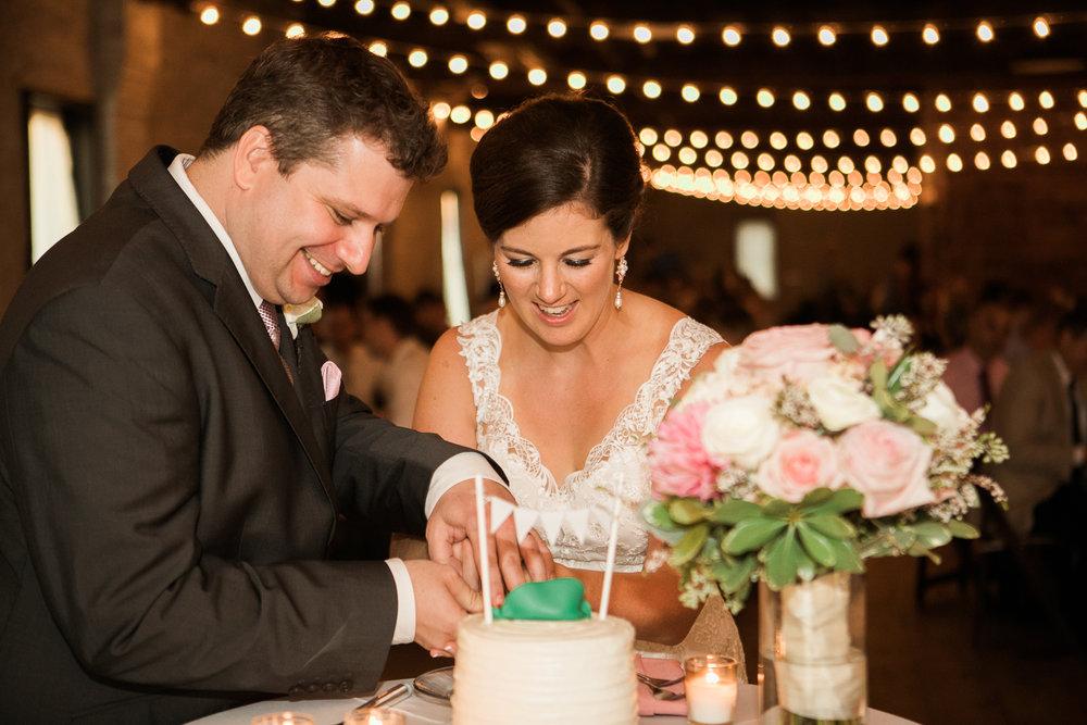 TheLageret-Stoughton-Wisconsin-Wedding_105.jpg