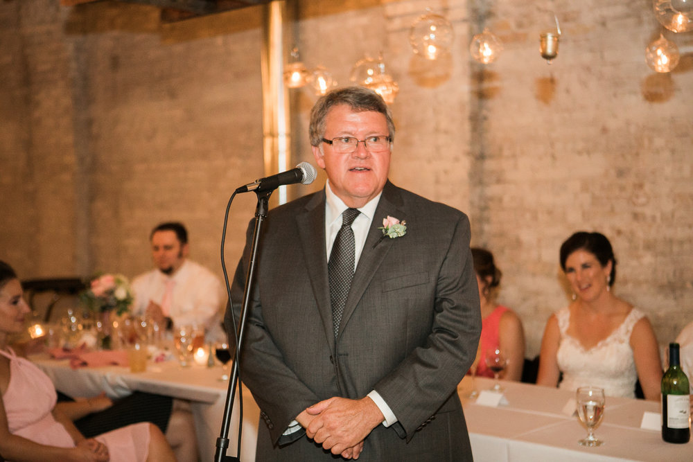 TheLageret-Stoughton-Wisconsin-Wedding_107.jpg