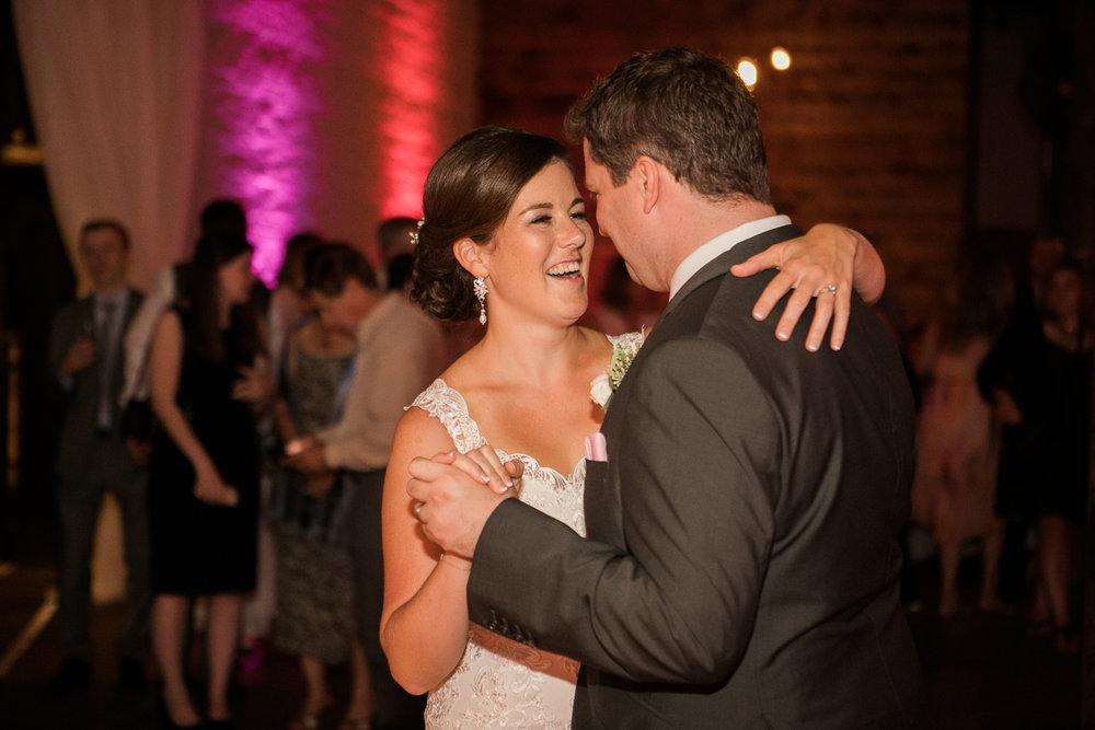 TheLageret-Stoughton-Wisconsin-Wedding_111.jpg