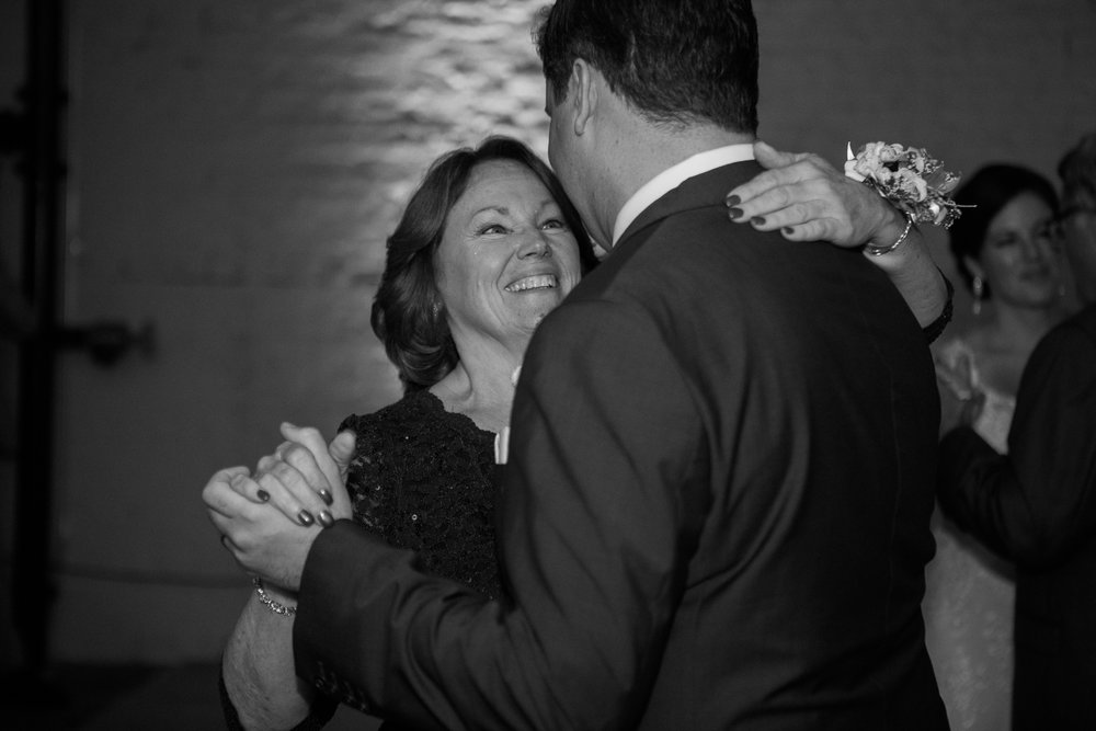 TheLageret-Stoughton-Wisconsin-Wedding_112.jpg