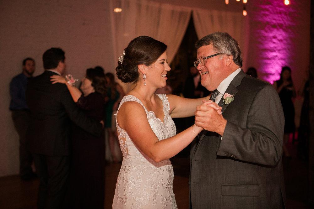 TheLageret-Stoughton-Wisconsin-Wedding_113.jpg