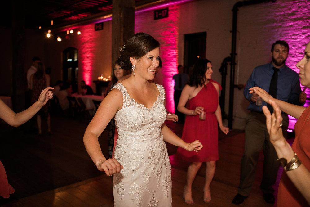 TheLageret-Stoughton-Wisconsin-Wedding_117.jpg