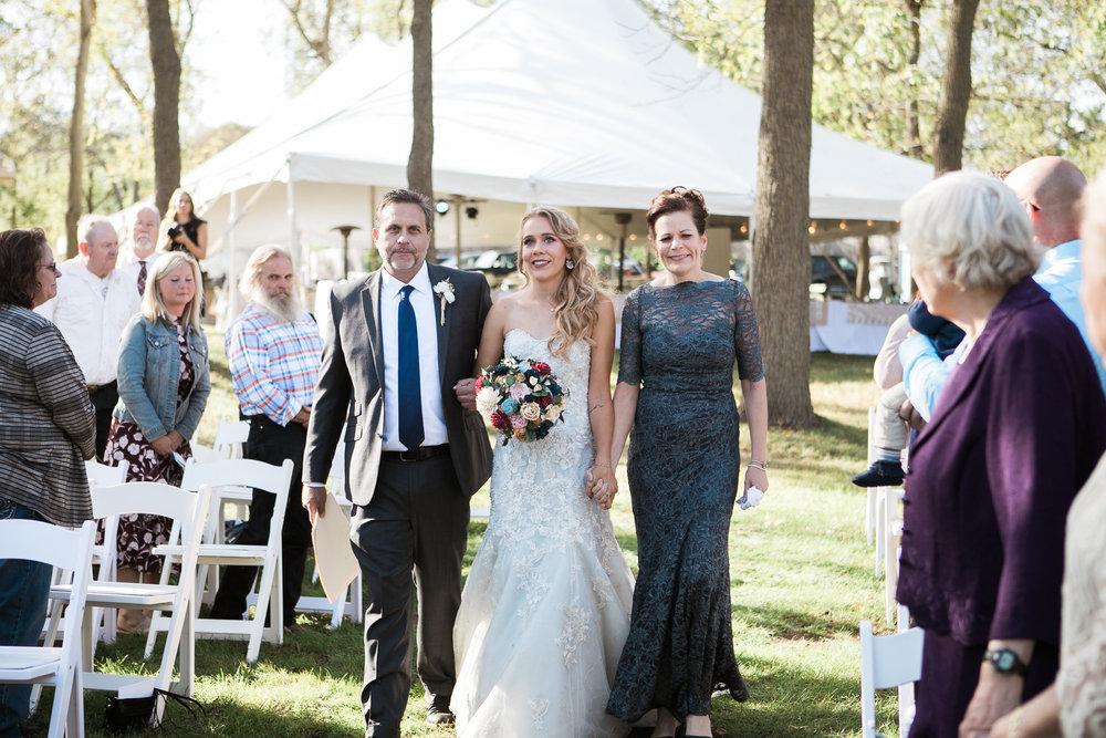 Paoli-Mill-Wisconsin-Wedding_051.jpg
