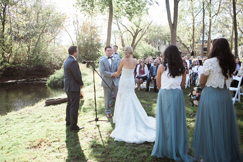 Paoli-Mill-Wisconsin-Wedding_055.jpg