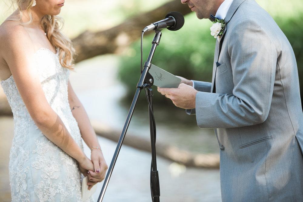 Paoli-Mill-Wisconsin-Wedding_063.jpg