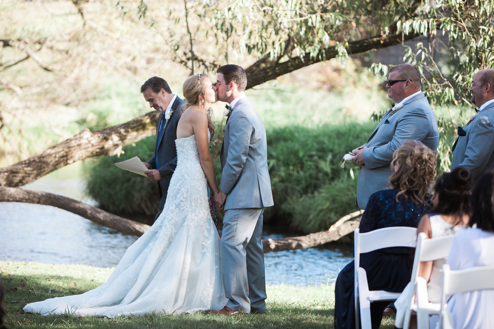 Paoli-Mill-Wisconsin-Wedding_070.jpg