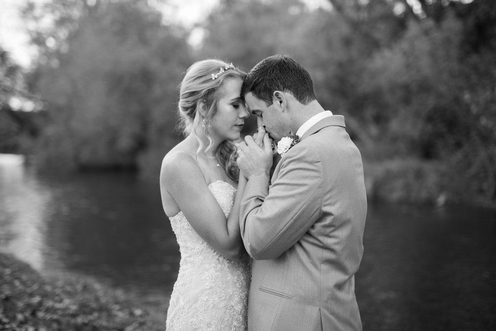 Paoli-Mill-Wisconsin-Wedding_102.jpg