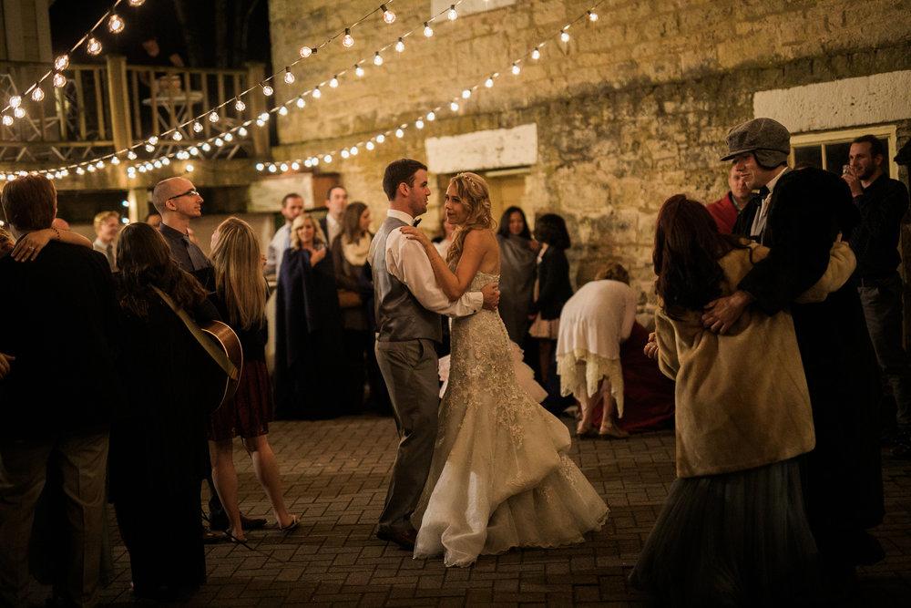 Paoli-Mill-Wisconsin-Wedding_122.jpg