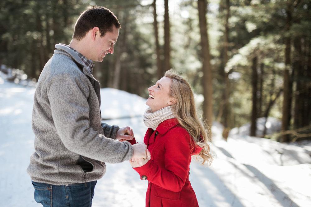 Wisconsin-winter-engagement-Northwoods_010.jpg