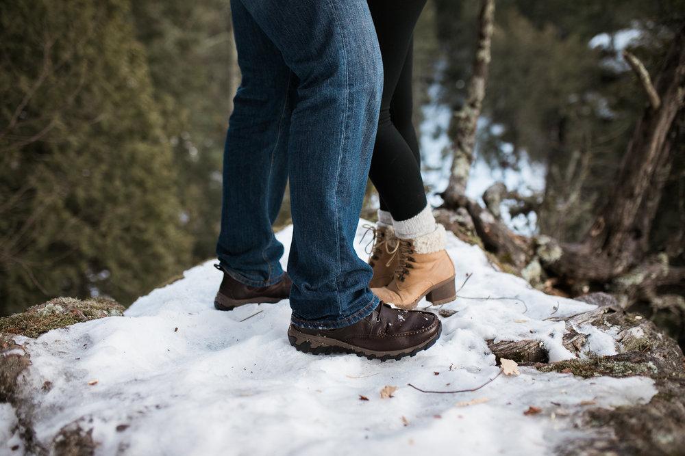 Wisconsin-winter-engagement-Northwoods_037.jpg