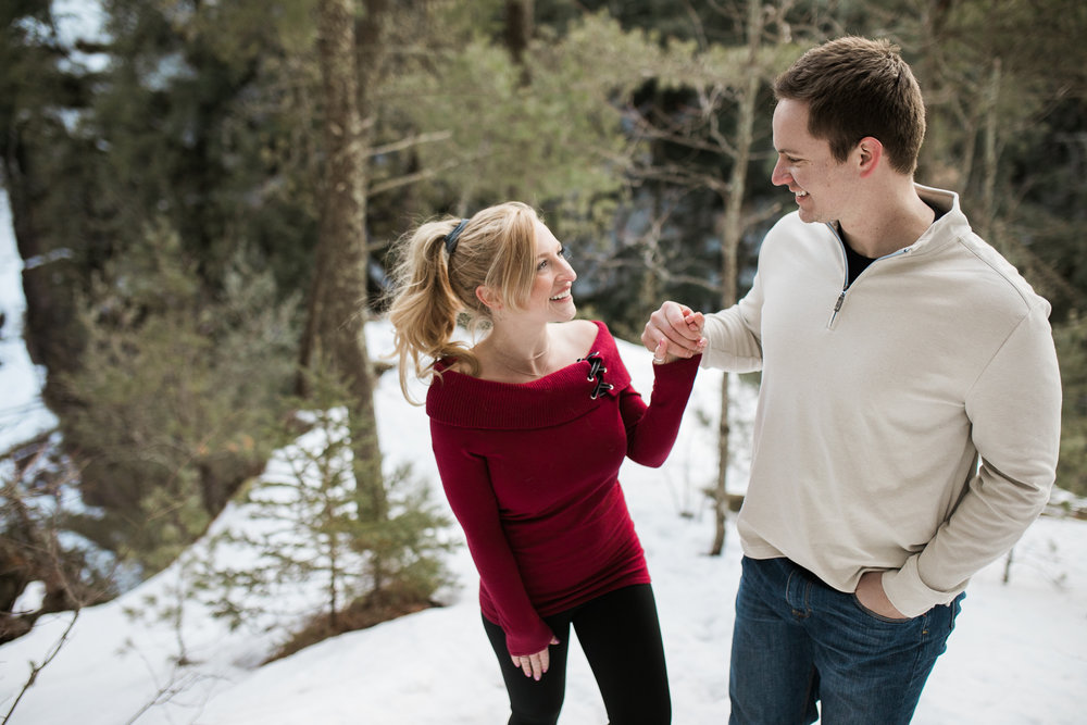 Wisconsin-winter-engagement-Northwoods_039.jpg