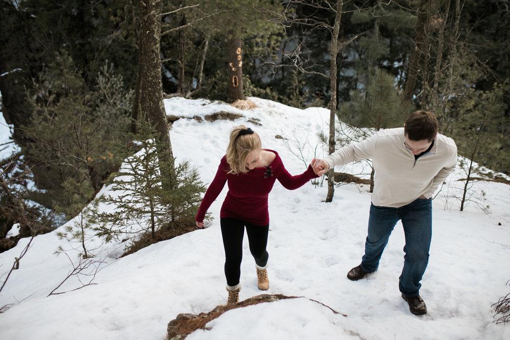 Wisconsin-winter-engagement-Northwoods_038.jpg