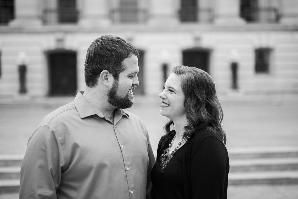 Madison-Wisconsin-spring-engagement-portraits_003.jpg