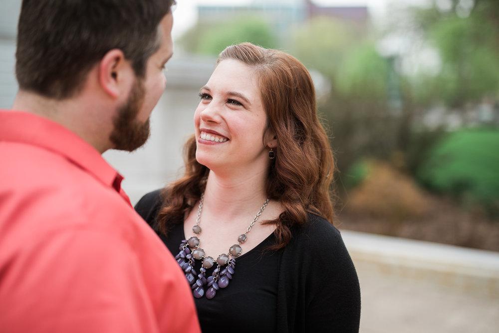 Madison-Wisconsin-spring-engagement-portraits_005.jpg