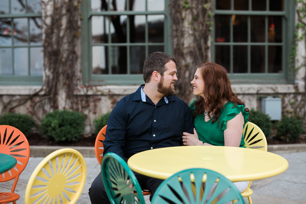 Madison-Wisconsin-spring-engagement-portraits_013.jpg