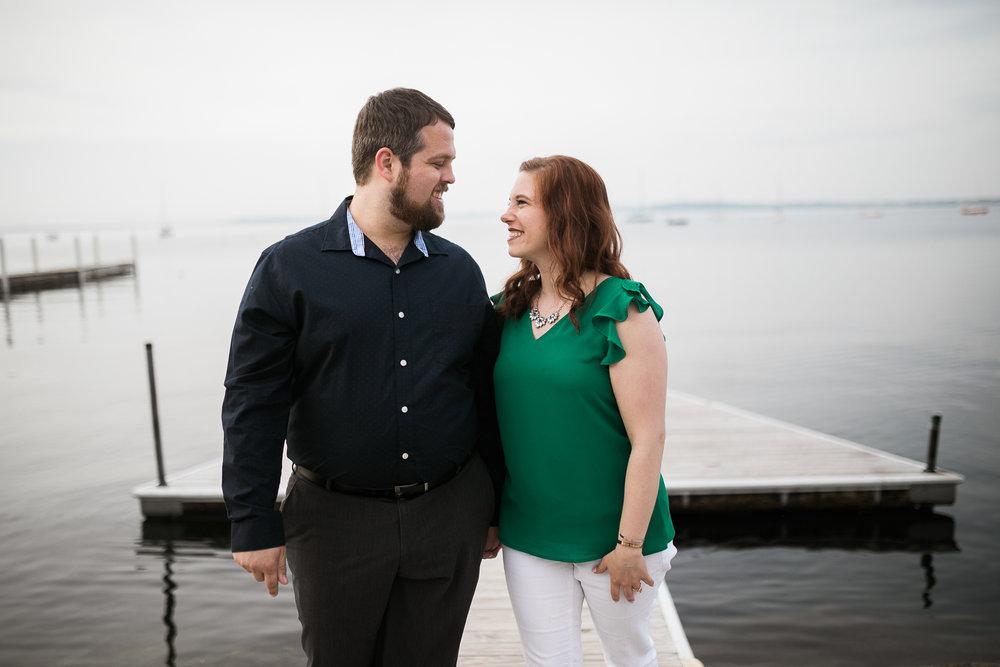 Madison-Wisconsin-spring-engagement-portraits_017.jpg