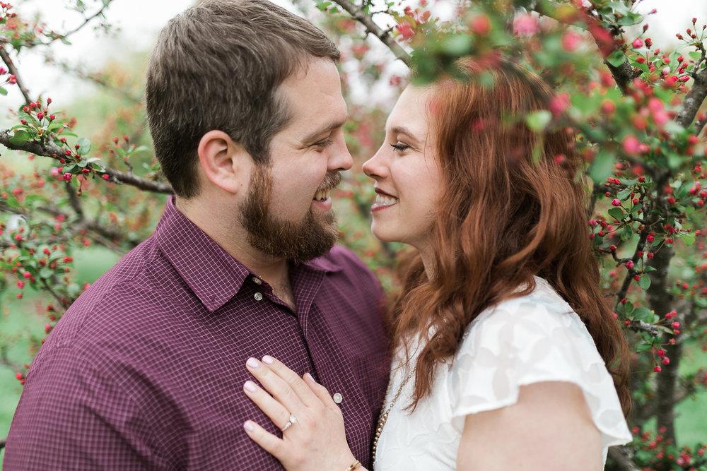 Madison-Wisconsin-spring-engagement-portraits_023.jpg