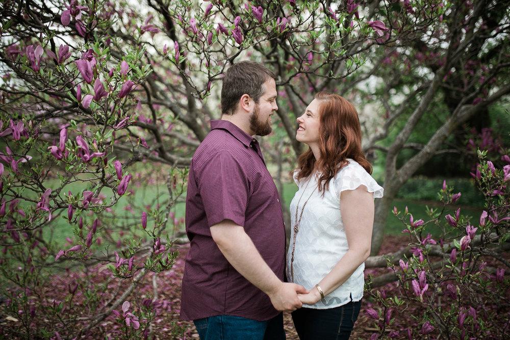 Madison-Wisconsin-spring-engagement-portraits_022.jpg