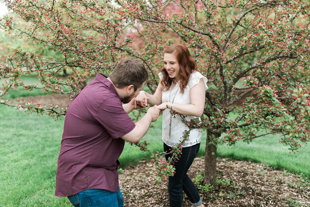 Madison-Wisconsin-spring-engagement-portraits_025.jpg