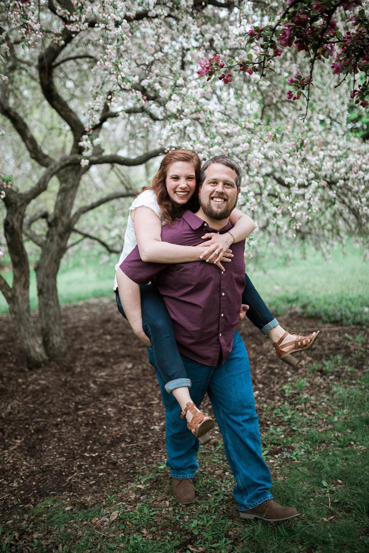 Madison-Wisconsin-spring-engagement-portraits_031.jpg
