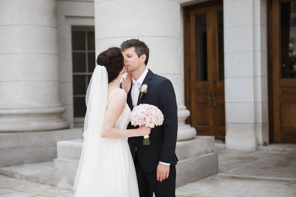 Madison-Public-Library-Wisconsin-Wedding_038.jpg