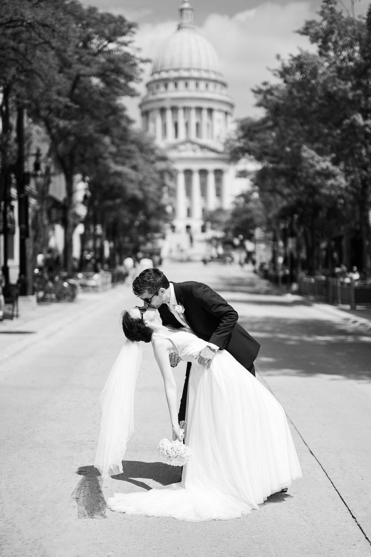 Madison-Public-Library-Wisconsin-Wedding_065.jpg