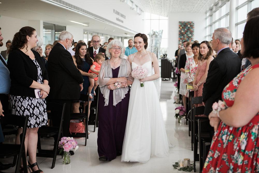 Madison-Public-Library-Wisconsin-Wedding_079.jpg