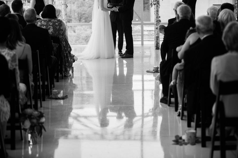 Madison-Public-Library-Wisconsin-Wedding_083.jpg