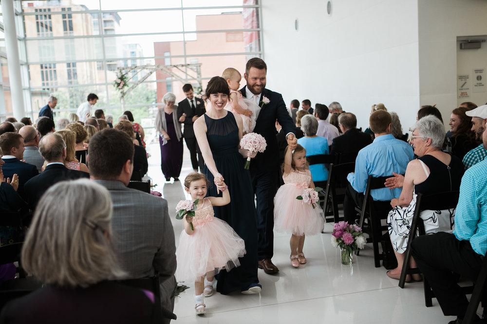 Madison-Public-Library-Wisconsin-Wedding_095.jpg