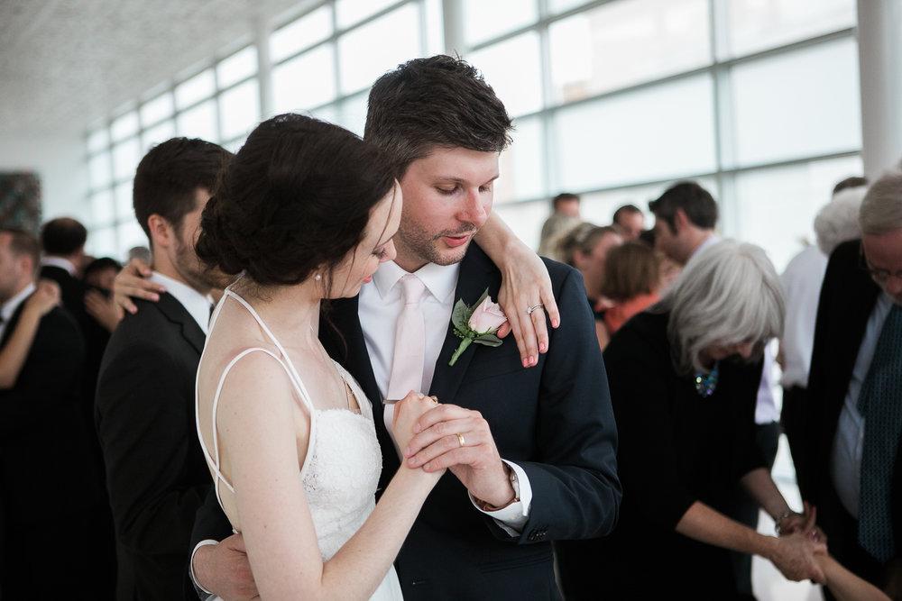 Madison-Public-Library-Wisconsin-Wedding_118.jpg