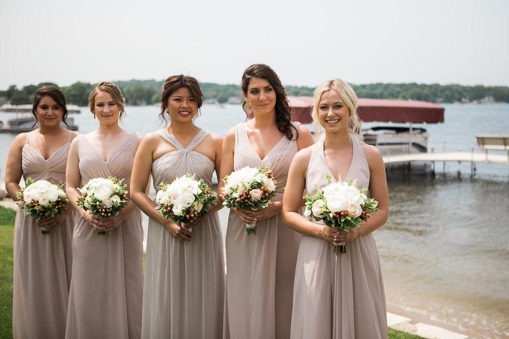 Lake-Estate-Backyard-Wedding-Wisconsin_048.jpg
