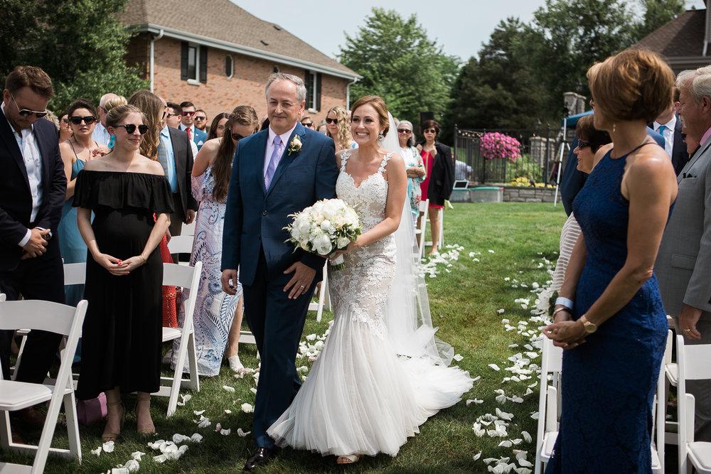 Lake-Estate-Backyard-Wedding-Wisconsin_052.jpg