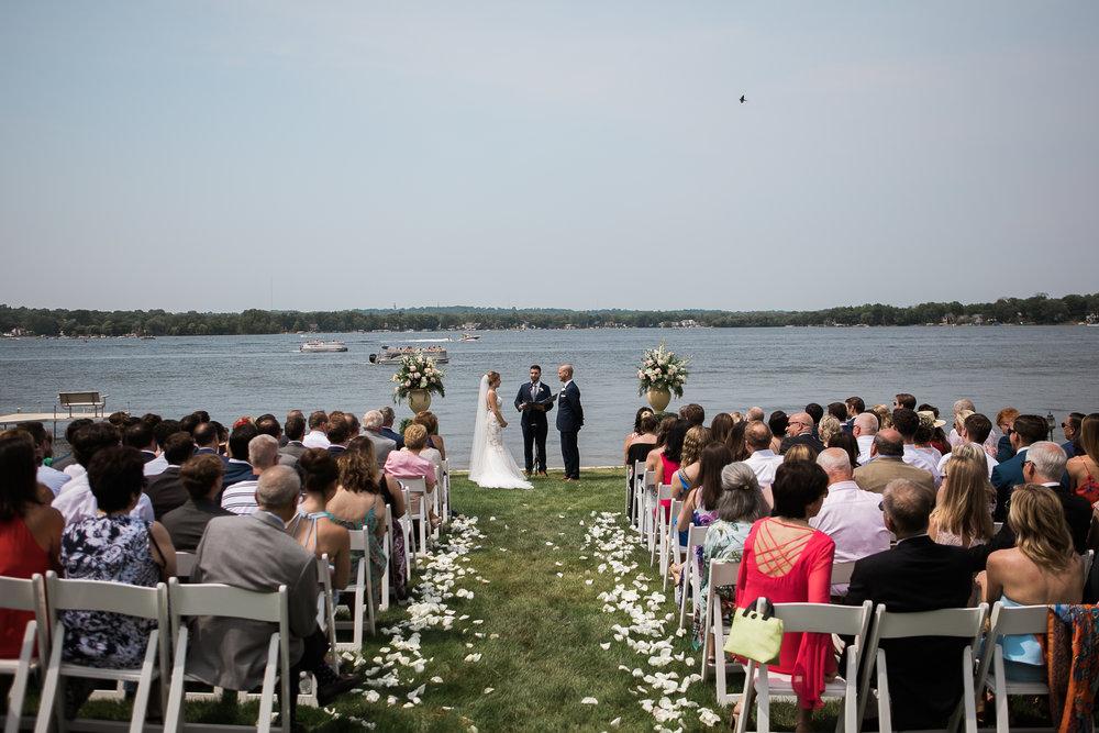Lake-Estate-Backyard-Wedding-Wisconsin_056.jpg