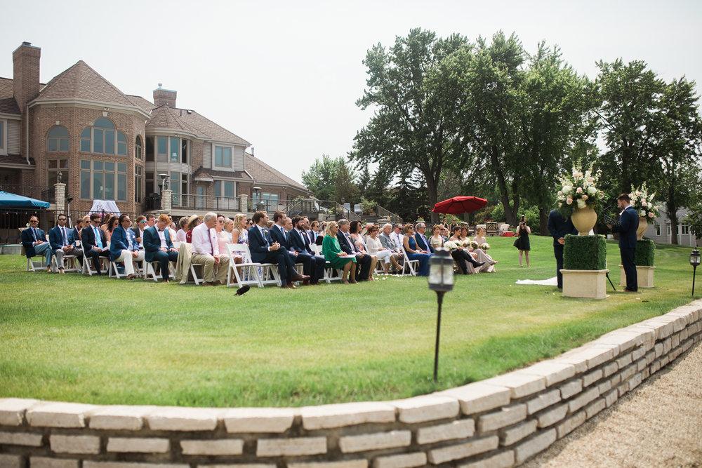 Lake-Estate-Backyard-Wedding-Wisconsin_059.jpg