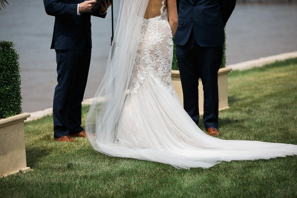 Lake-Estate-Backyard-Wedding-Wisconsin_060.jpg