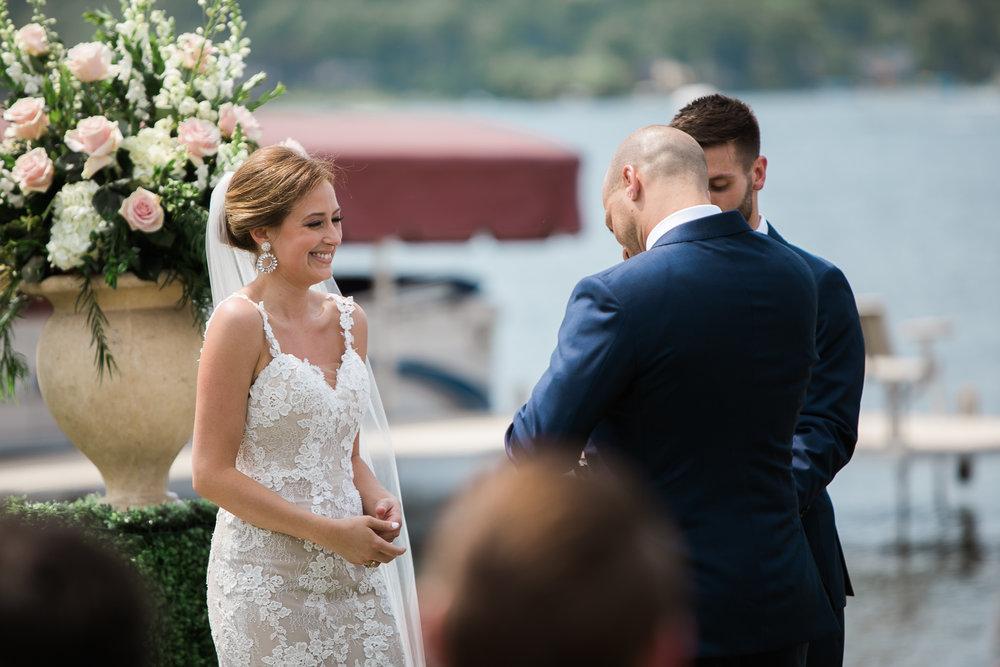 Lake-Estate-Backyard-Wedding-Wisconsin_072.jpg