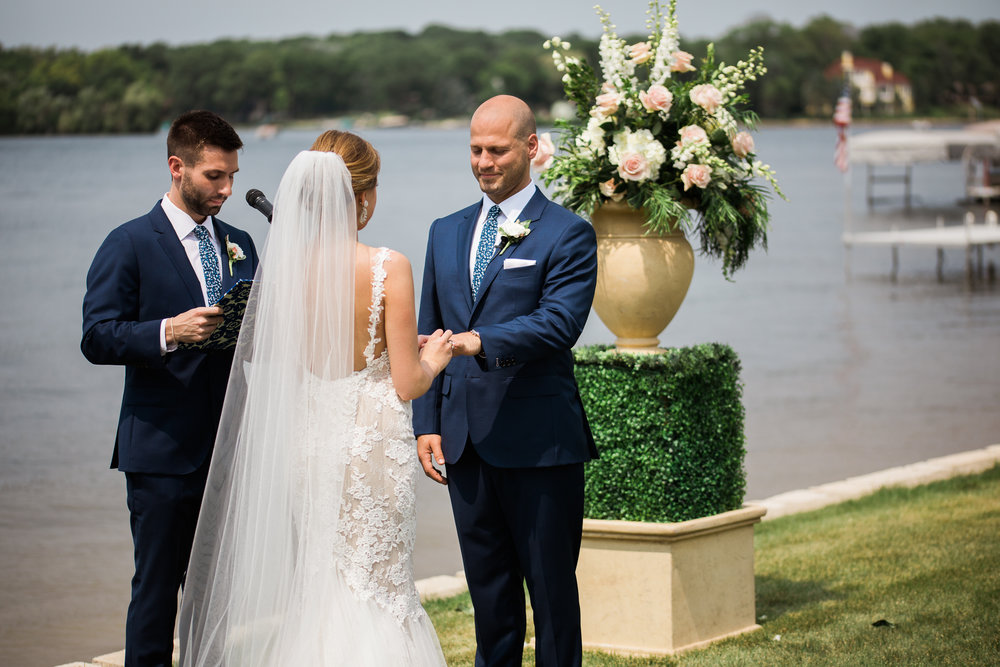 Lake-Estate-Backyard-Wedding-Wisconsin_077.jpg