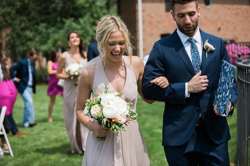 Lake-Estate-Backyard-Wedding-Wisconsin_092.jpg