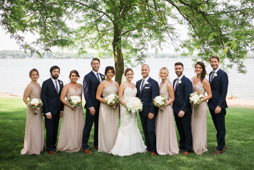 Lake-Estate-Backyard-Wedding-Wisconsin_095.jpg