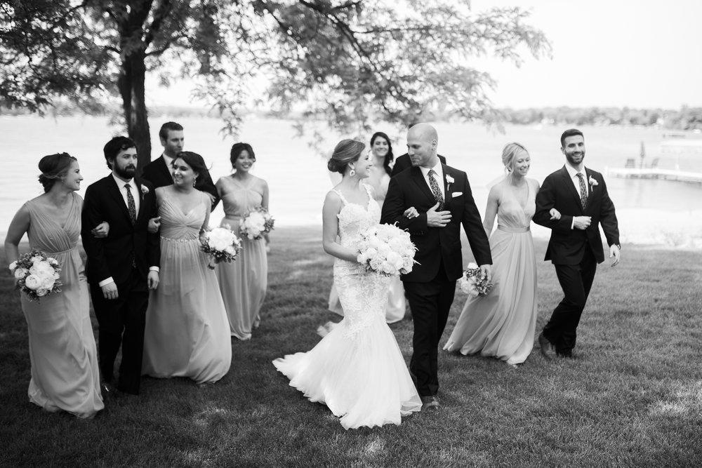 Lake-Estate-Backyard-Wedding-Wisconsin_097.jpg